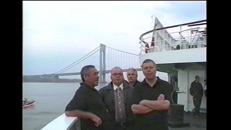 New York USA Around the World 2004 т s Maxim Gorkiy