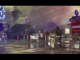 ❗ Ночью 54 человека тушили торговые павильоны у вх...