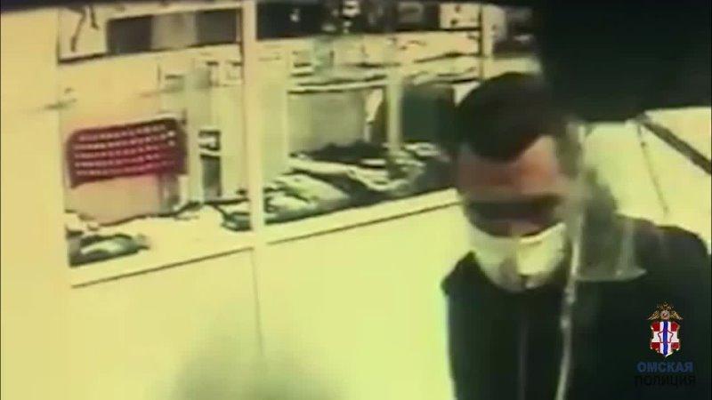 Кража прямо под камерой видеонаблюдения