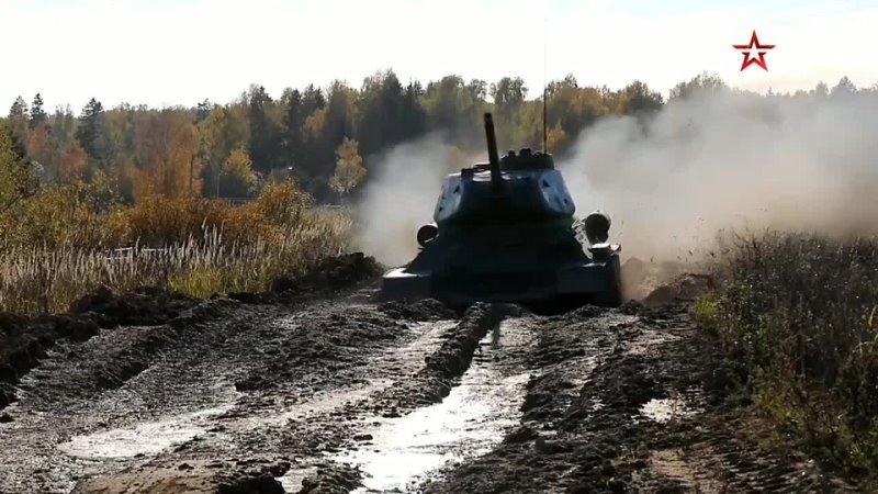 Т 34 85 выполняют боевые стрельбы