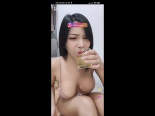 lesbians party hard pissing