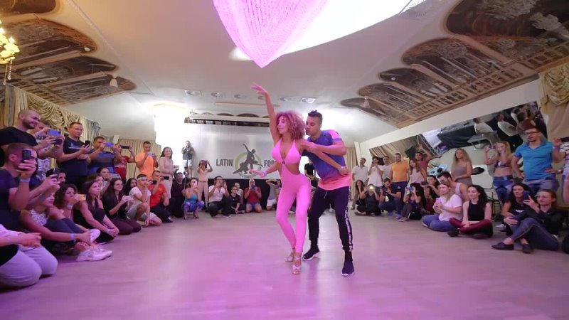 Видео от AfroLatin танцы Киров Бачата Сальса Кизомба