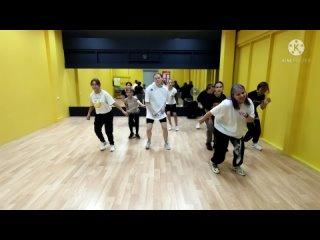 Современные танцы для подростков от 10 лет. Запись: -7(911)363-70-10