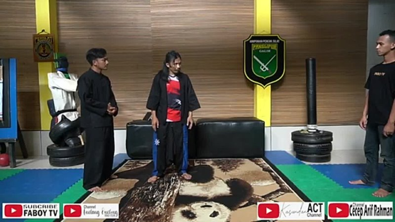 Чечеп Ариф Рахман BELAJAR SILAT BERSAMA CECEP ARIF RAHMAN