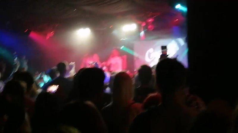 На концерте Сметана band 26 10 2021 Лучший друг mp4