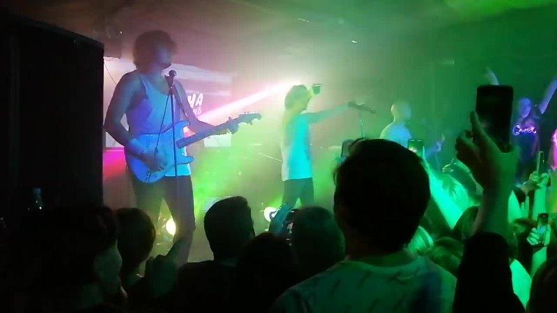 На концерте Сметана band 26 10 2021 Конструкторы mp4