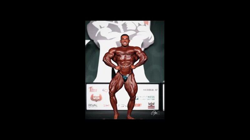 Mr Olympia 2021 Derek Lunsford Posing