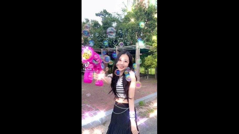 210920 Kim Yunseo @ TikTok teenage girls 11