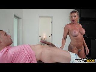 Старая блондинка трахает студента, sex blond porn milf mom mature boy toy boob ass tit cum fit (Инцест со зрелыми мамочками 18+)