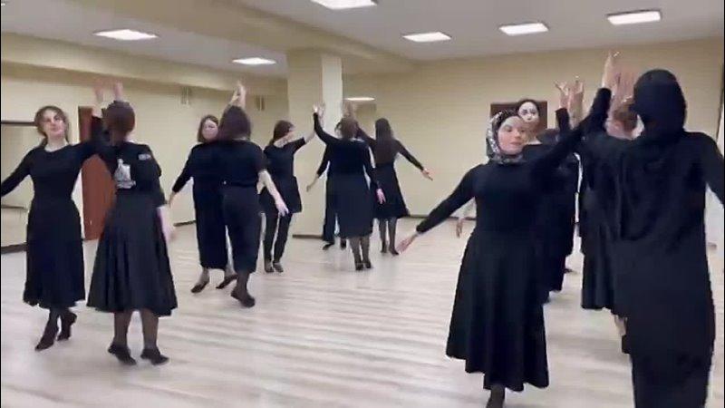 Ивериони День танца 🥳