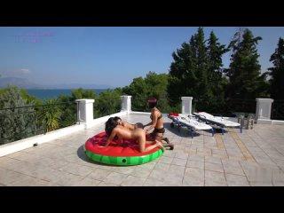 Vicky Love, Inna Innaki and Elena Hatzi Three Way Pussy Play 1080p [LESBI]