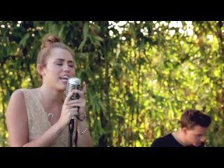 Miley Cyrus - The Backyard Sessions (Jolene Cover)