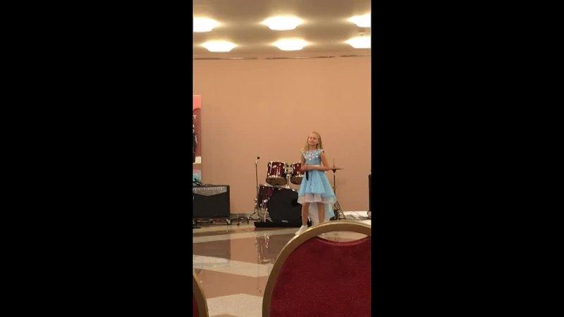 Видео от Детская студия эстрадного вокала Оливер Твист