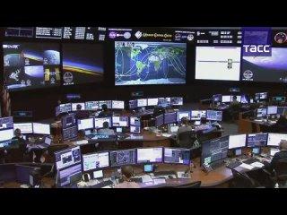 Отстыковка космического корабля Dragon от МКС