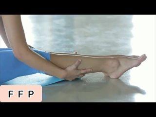Лапки Наташи / Natalia Nix, footfetish foot legs toes soles feet