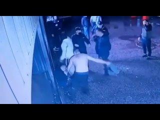 Тем временем в России: в Стерлитамаке буйные мужик...