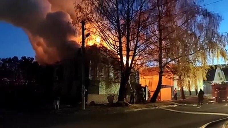 ????Вечером 25 октября в Курске произошел страшный пожар. На перекрестке Суворовской и Щепкина горел двухэтажный... [читать продолжение]