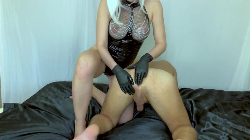 би порно Prostate Massage from MILF Mistress. I Prostate Milking and Cum in his
