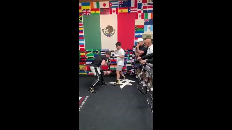 💥Сын Пакьяо тренируется в зале с Канело 💥csy gfrmzj nhtybhetncz d pfkt c rfytkj