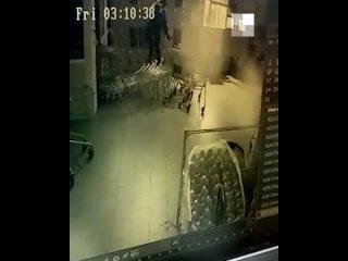 В Екатеринбурге неизвестные взорвали банкомат