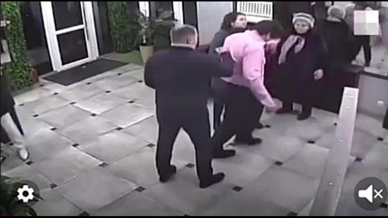 Видео от Типичная полиция