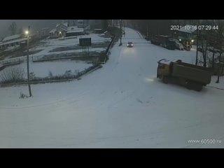 Скользкая дорога стала причиной ДТП в Усть-Кутском...