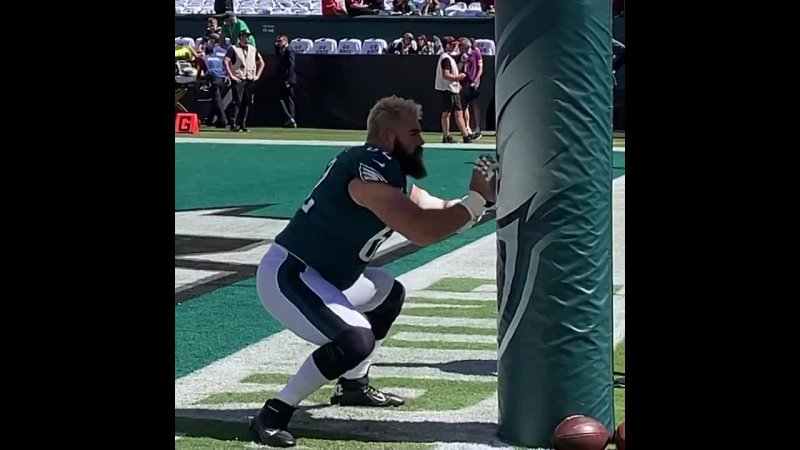 Jason Kelce is starting his 107th straight game longest active streak among NFL Centers