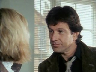 s01e01||Демпси и Мейкпис||Dempsey & Makepeace||Armed and Extremely Dangerous||1985