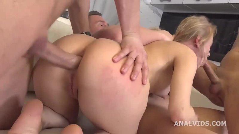 блондинка и три ствола