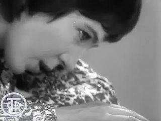 Елена Камбурова 'Маленький принц' (1972).mp4