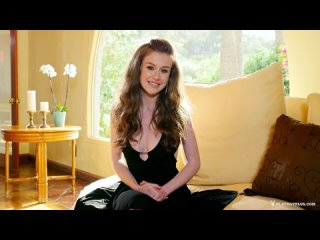 Emily Bloom - Sensual Muse
