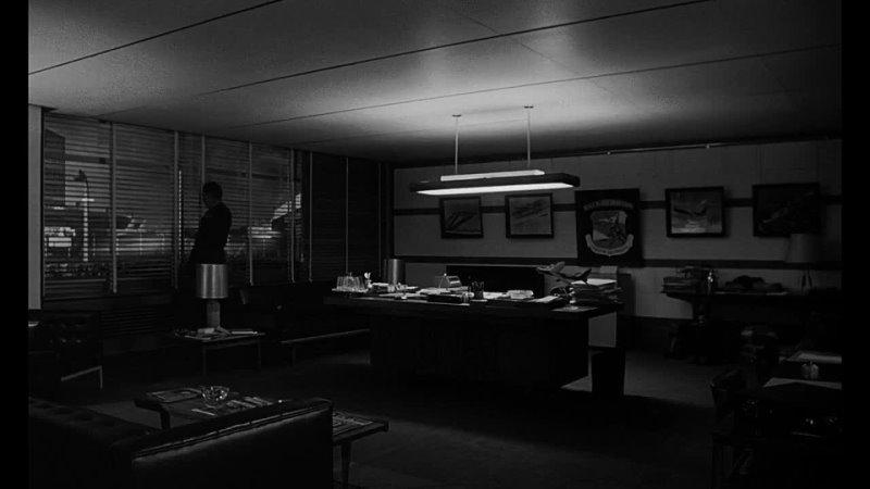 Доктор Стрейнджлав или Как я научился не волноваться и полюбил атомную бомбу 1963
