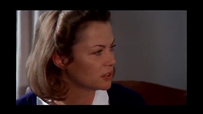 Пролетая Над Гнездом Кукушки (1975) - фильм Милоша Формана, экранизация одноимённого романа Кена Кизи.