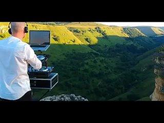 Виталий Гогунский & dj Vini - Кавказ (ПРЕМЬЕРА 2019).mp4