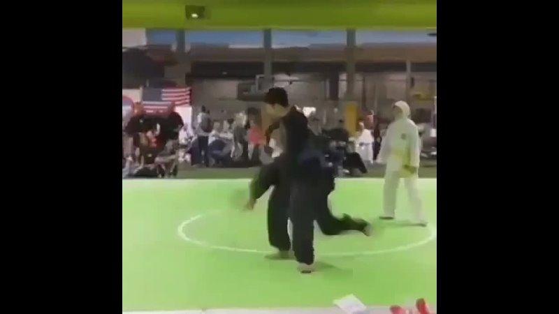 Захват скорпиона