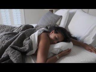 Сын разбудил и трахнул маму, busty milf sex mom mature porn son love fuck ass tit butt boob game (Инцест со зрелыми мамочки 18+)