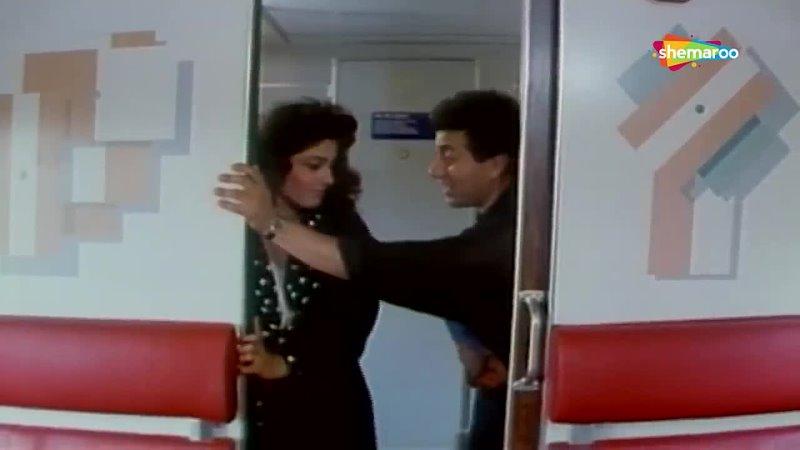 Hello Hello _ Kshatriya (1993) _ Sunny Deol _ Raveena Tandon _ Love Song