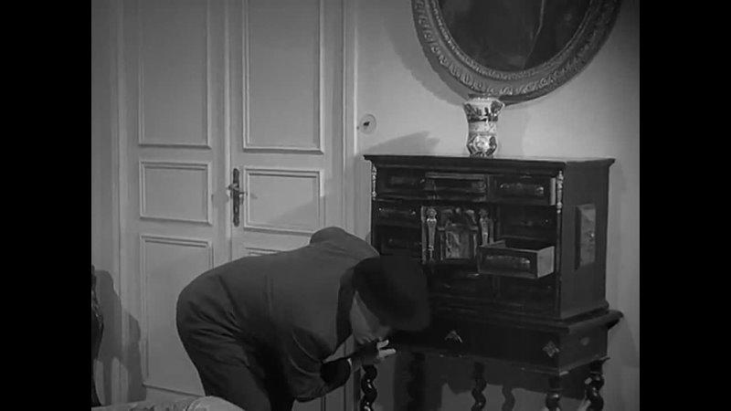 Витторио Де Сика в фильме Авантюристка с верхнего этажа Комедия Италия 1941