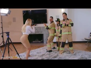 HD 1080 Brandi Love - Red-Hot Calendar Shoot (2020) - порно/секс/домашнее