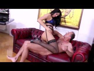 Дагестанская порно звезда Ада Махачева (Kira Queen секс минет сперма жопа шлюха кунилингус футфетиш в чулках pantihose stockings
