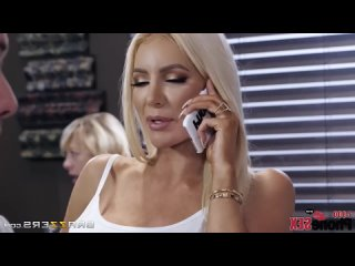 [HD 1080] Angela White, Nicolette Shea - Caught Talking Dirty (2018) - порно/секс/домашнее