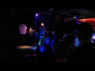HUGO - Бег в темноте (live)
