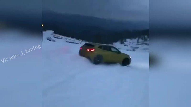 Сумасшедший snowboarding