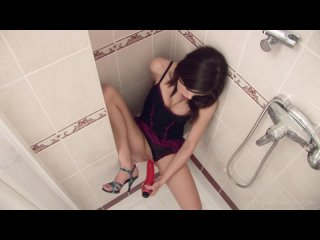 [HD 1080] Little Caprice - Shower Time (2018) - порно/секс/домашнее
