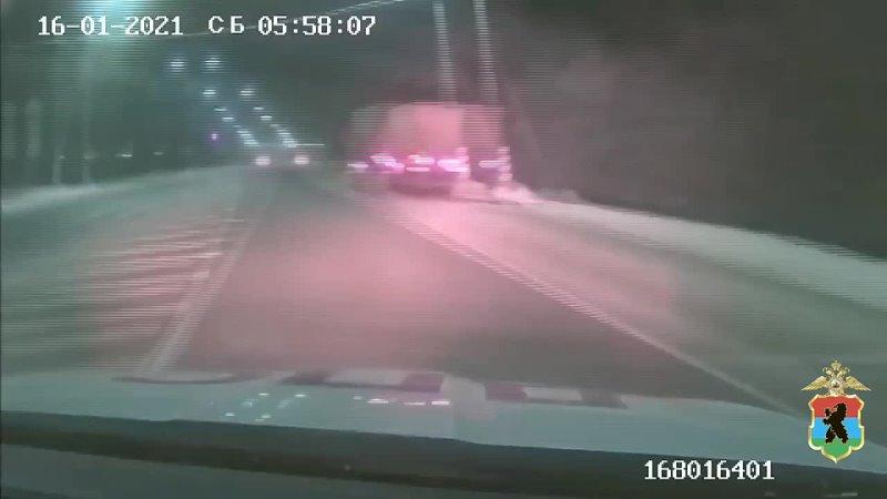 На юге Карелии полицейские дважды за выходные приходили на помощь автолюбителям