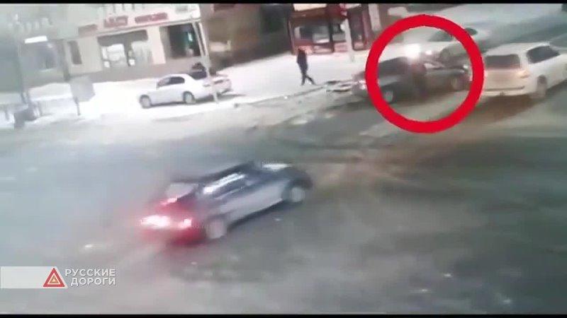Очевидец ДТП украл телефон у водителя разбитой машины