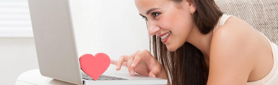 рулетка онлайн с девушками 18