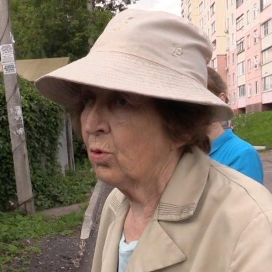 В Балашихе бабушки ходят до поликлиники пешком 4 км