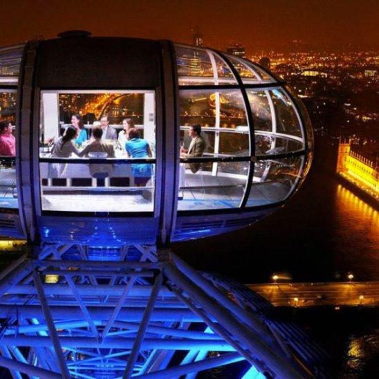 5 ресторанов на небоскрёбах с потрясающим видом