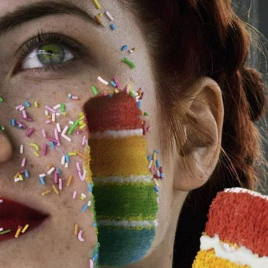 Александра Чертулова и её автопортреты за гранью реальности